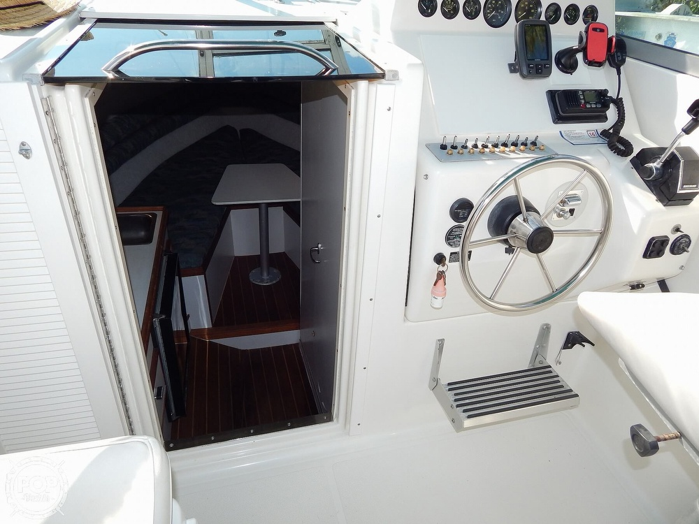 1992 Pursuit boat for sale, model of the boat is 2650 Cuddy Cabin & Image # 18 of 40