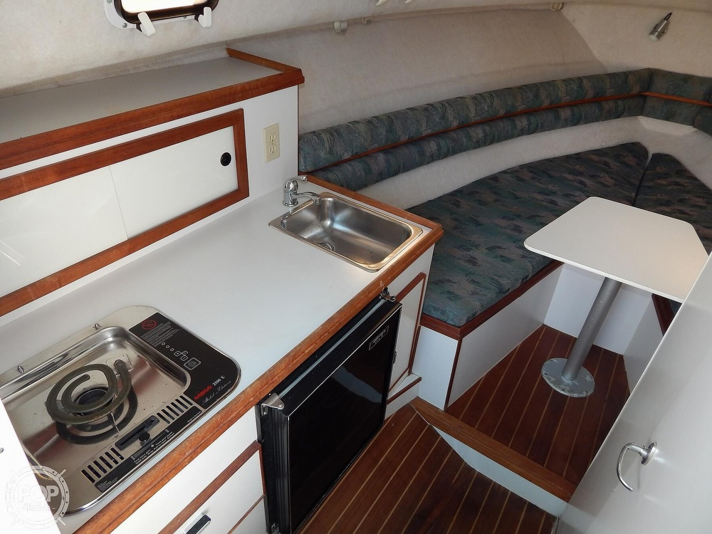 1992 Pursuit boat for sale, model of the boat is 2650 Cuddy Cabin & Image # 22 of 40