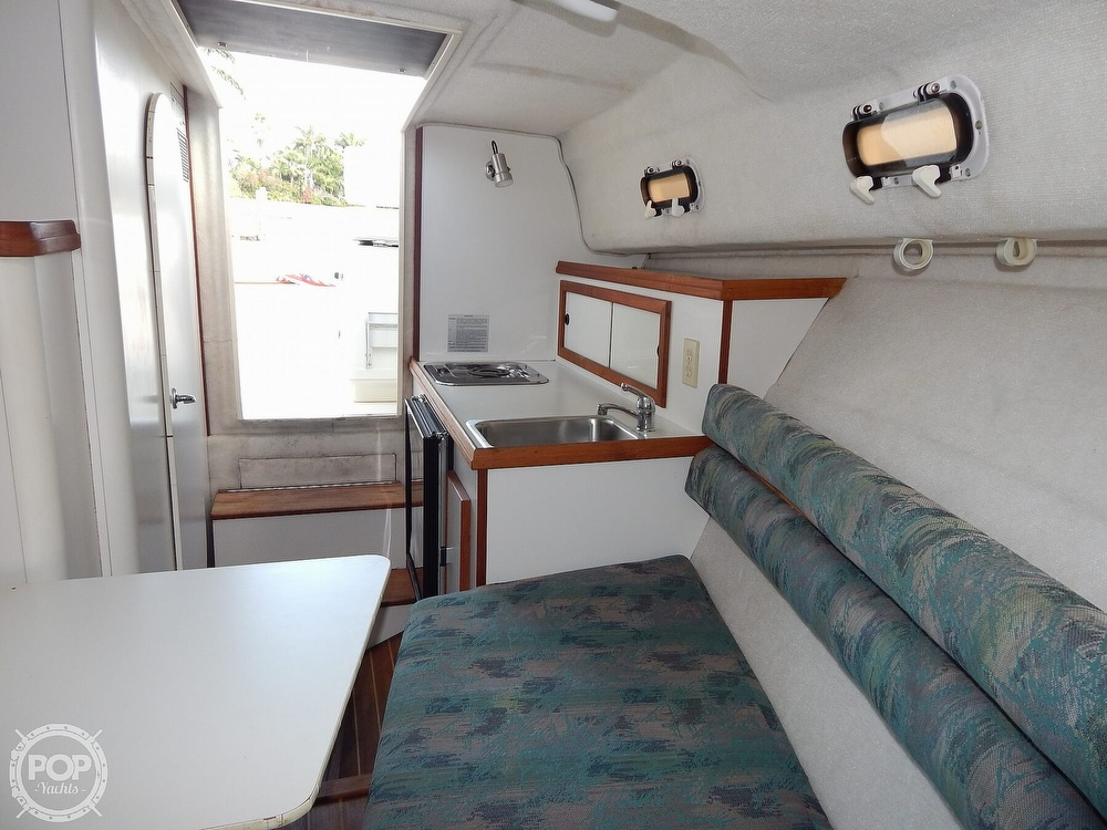 1992 Pursuit boat for sale, model of the boat is 2650 Cuddy Cabin & Image # 25 of 40