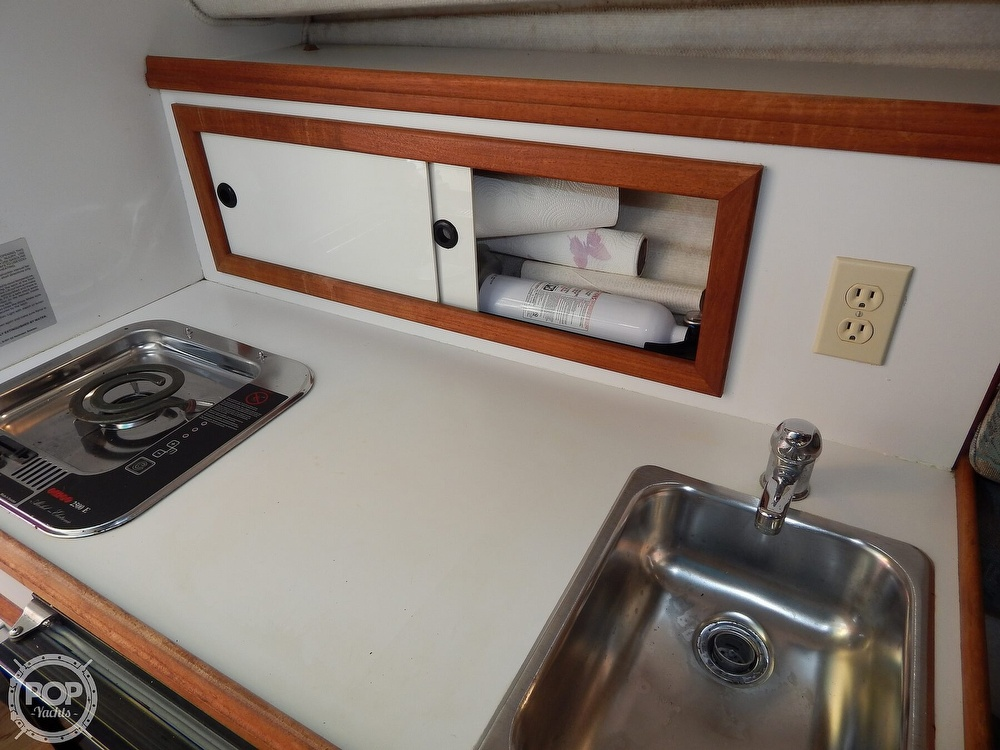 1992 Pursuit boat for sale, model of the boat is 2650 Cuddy Cabin & Image # 35 of 40