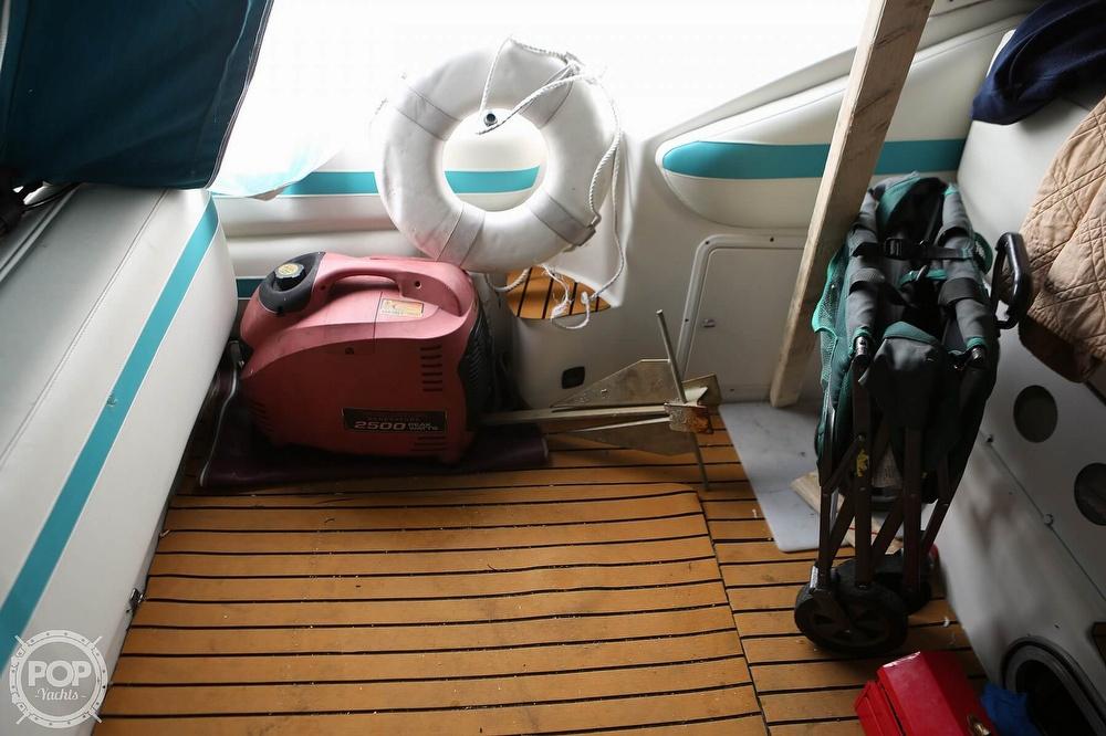 1992 Baja boat for sale, model of the boat is Express Twenty Nine & Image # 8 of 40