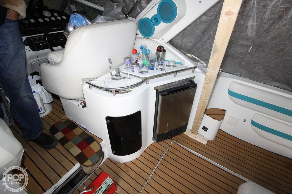 1992 Baja boat for sale, model of the boat is Express Twenty Nine & Image # 10 of 40