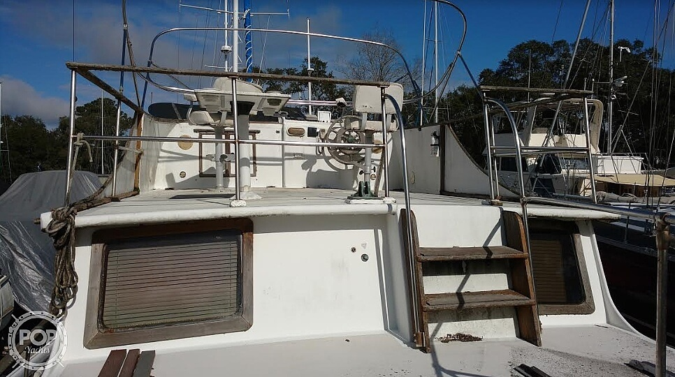1976 Marine Trader boat for sale, model of the boat is 40 Double Cabin & Image # 10 of 40