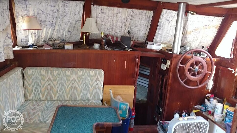 1976 Marine Trader boat for sale, model of the boat is 40 Double Cabin & Image # 14 of 40