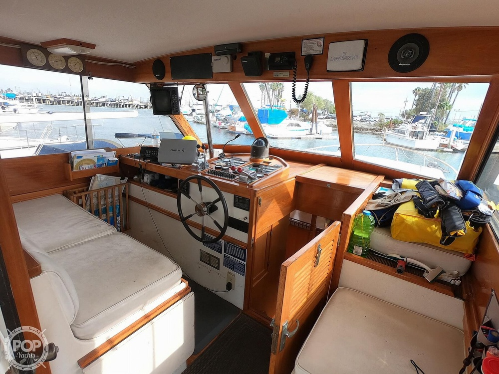 1986 Roughwater boat for sale, model of the boat is DCMY & Image # 27 of 40