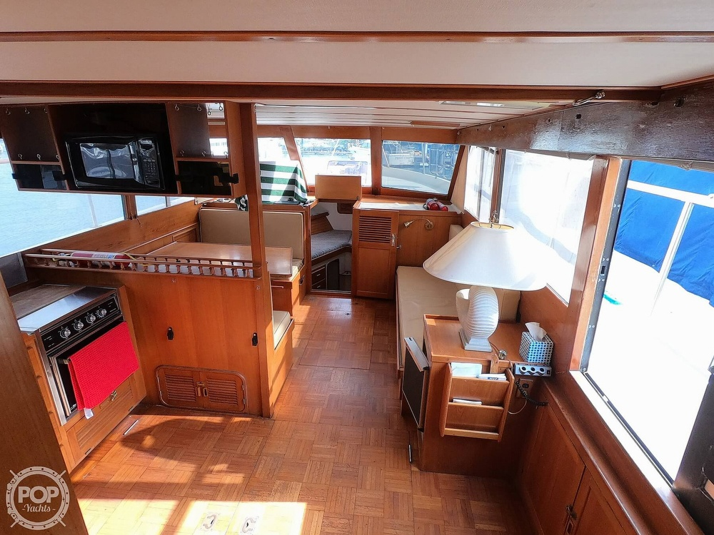 1986 Roughwater boat for sale, model of the boat is DCMY & Image # 32 of 40