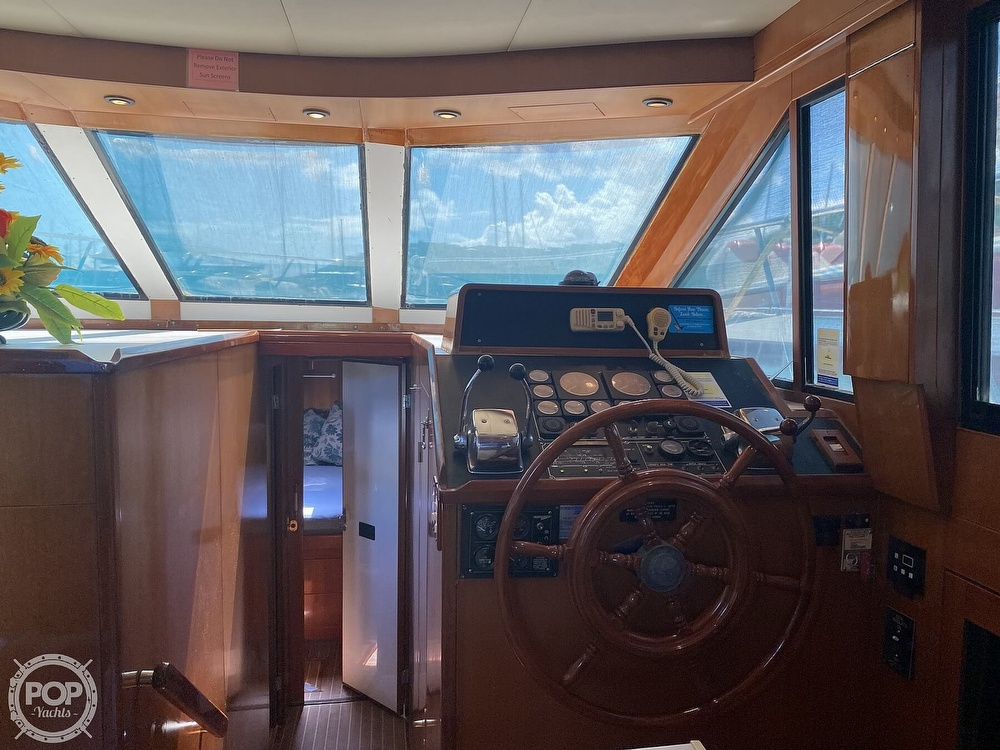 2000 Jefferson boat for sale, model of the boat is 46 Marlago Sundeck & Image # 17 of 24