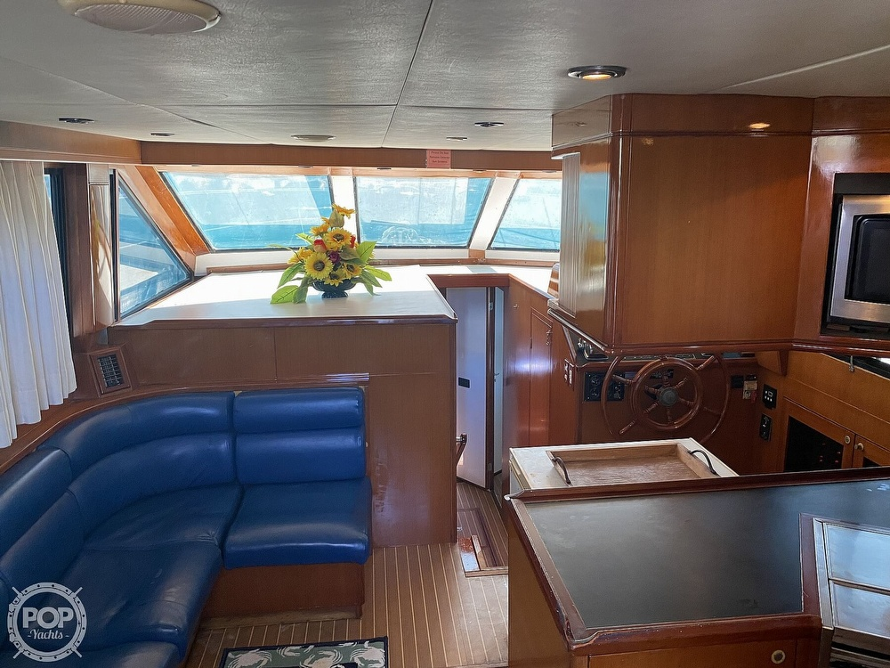 2000 Jefferson boat for sale, model of the boat is 46 Marlago Sundeck & Image # 20 of 24