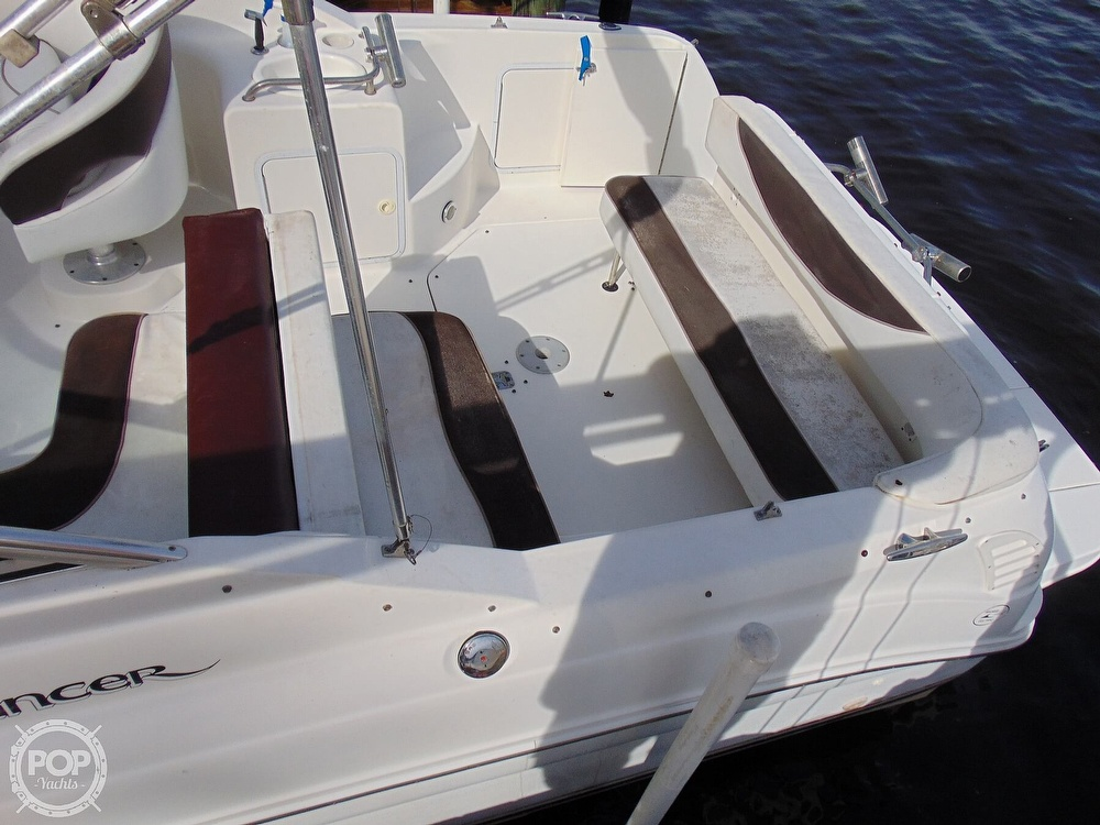 2001 Sea Ray boat for sale, model of the boat is 260 Sundancer & Image # 32 of 40