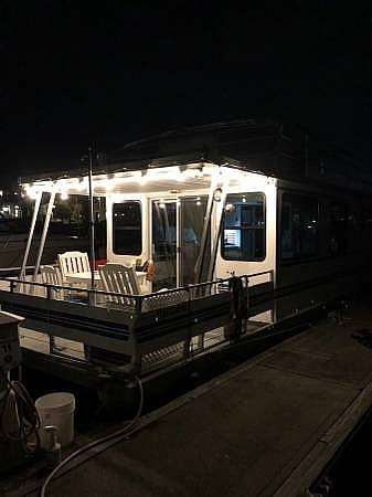 2007 Catamaran boat for sale, model of the boat is 42 Vagabond & Image # 7 of 40