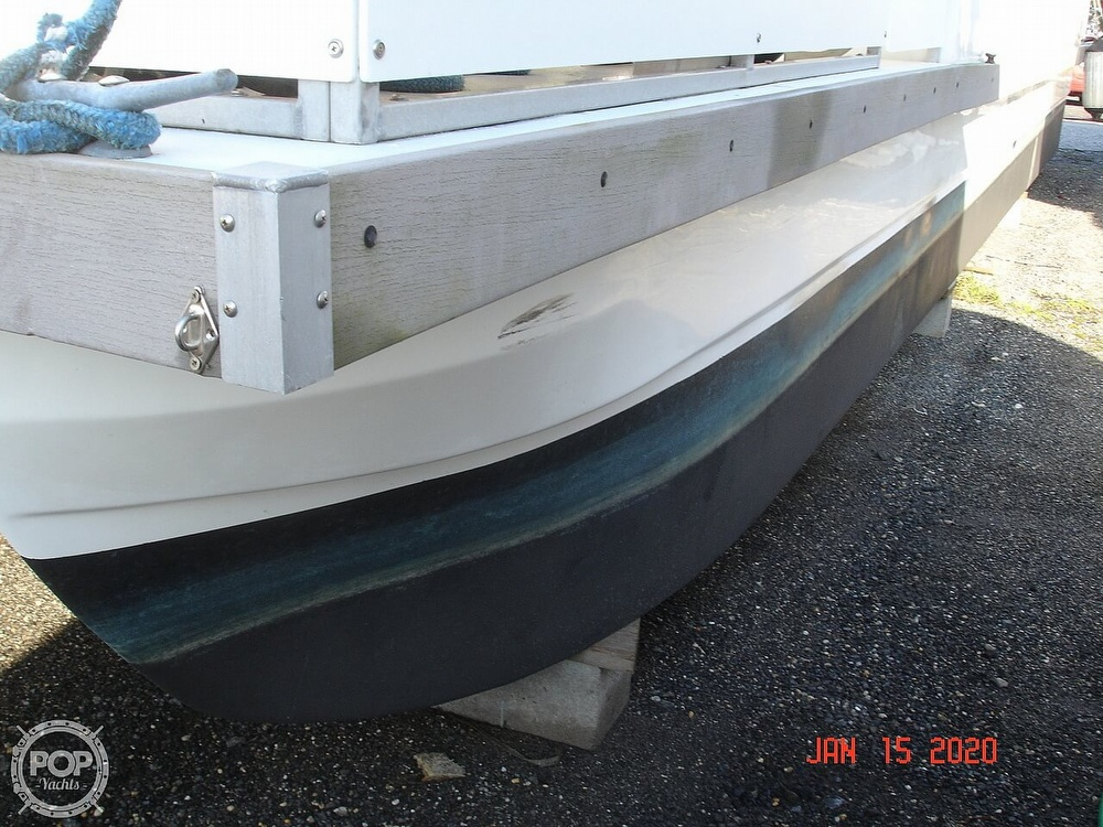 2007 Catamaran boat for sale, model of the boat is 42 Vagabond & Image # 24 of 40