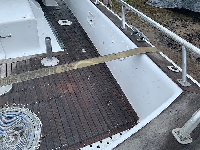 1966 Miami Beach Yacht boat for sale, model of the boat is 36 LCPL Mk12 & Image # 21 of 40