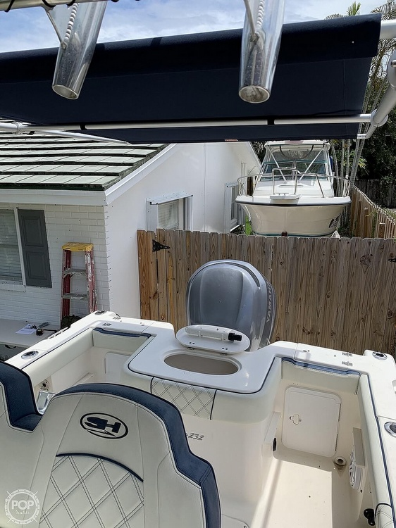 2005 Sea Hunt boat for sale, model of the boat is Triton 232 & Image # 15 of 41