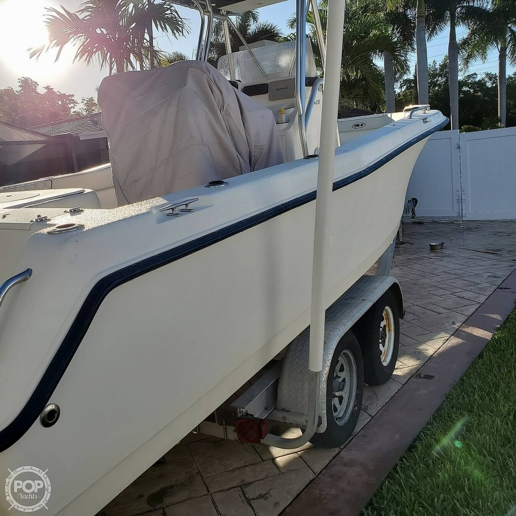 2005 Sea Hunt boat for sale, model of the boat is Triton 232 & Image # 18 of 41