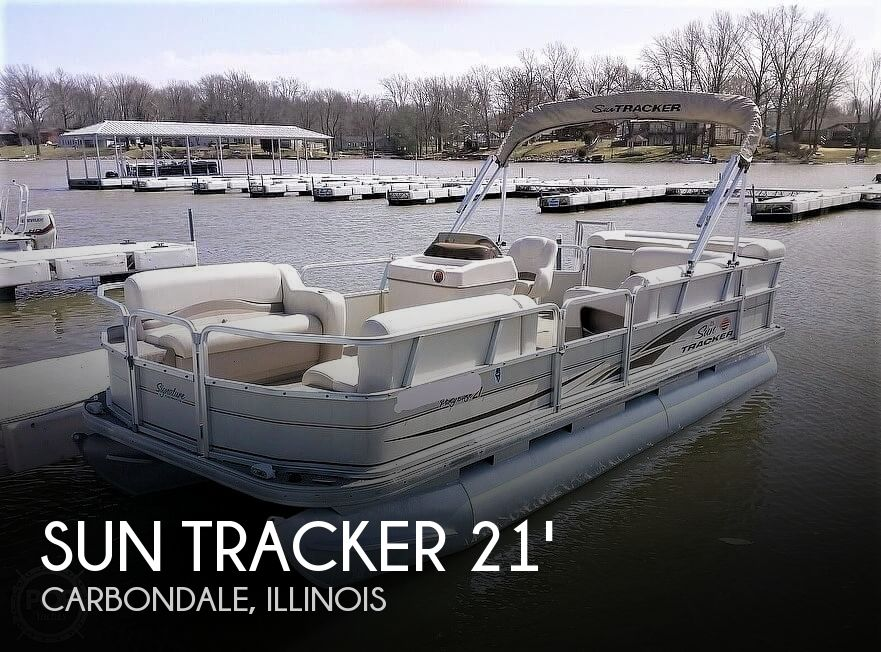 2006 Sun Tracker boat for sale, model of the boat is Party Barge 21 Signature Series & Image # 1 of 11