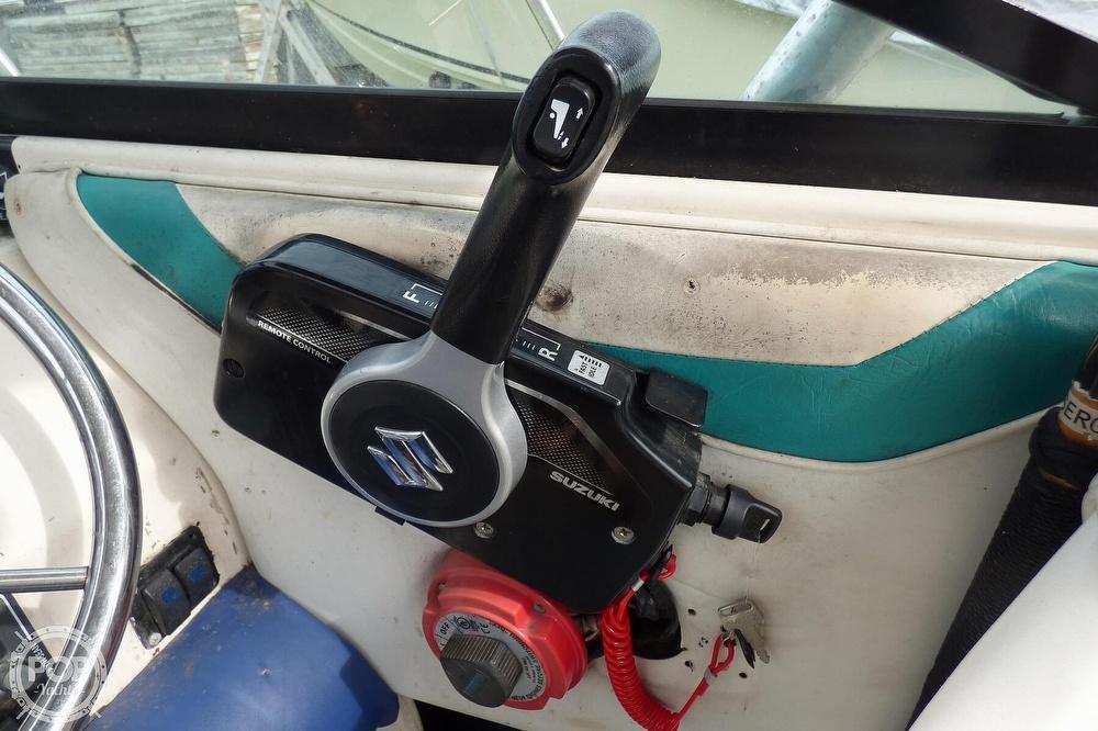 1995 Seaswirl boat for sale, model of the boat is Striper 2000 WA & Image # 23 of 41