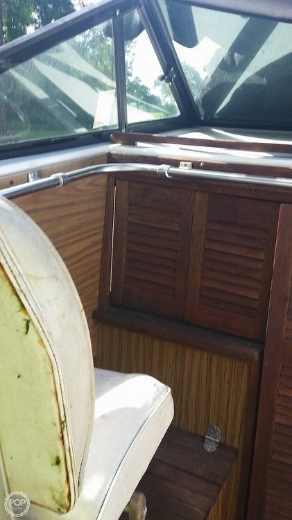1979 Cruisers Yachts boat for sale, model of the boat is Gran Bateau & Image # 3 of 13