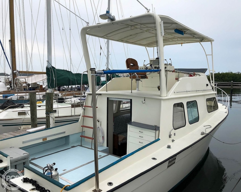 1972 Chris Craft boat for sale, model of the boat is 33 Coho & Image # 9 of 40