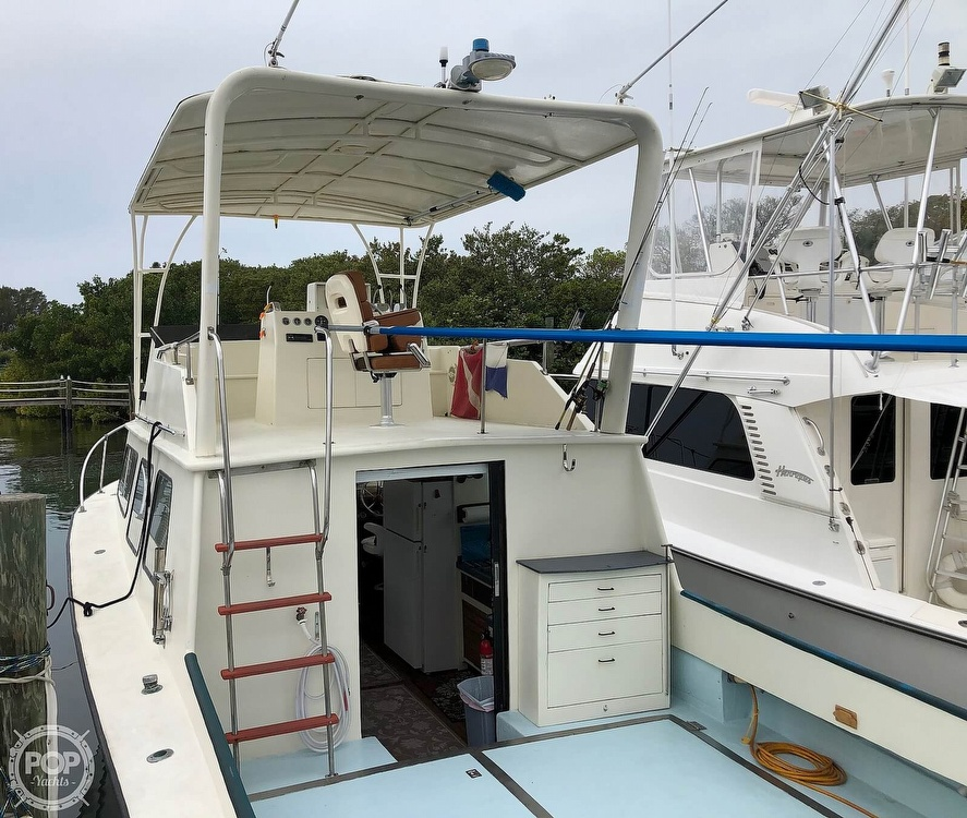 1972 Chris Craft boat for sale, model of the boat is 33 Coho & Image # 18 of 40