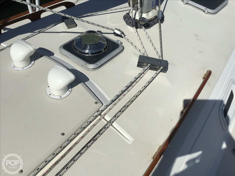 1989 Pearson boat for sale, model of the boat is P31-2 & Image # 18 of 40