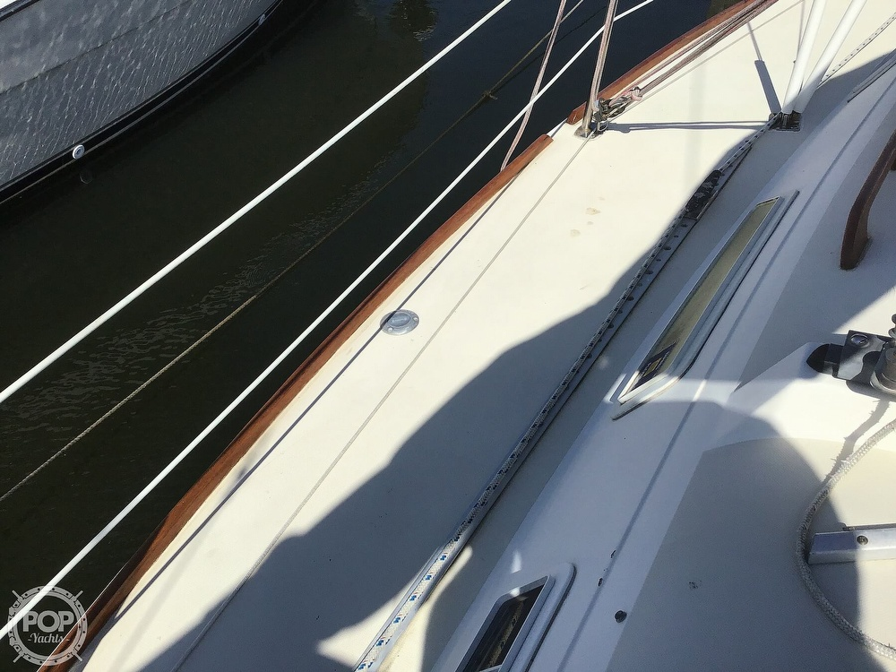1989 Pearson boat for sale, model of the boat is P31-2 & Image # 20 of 40