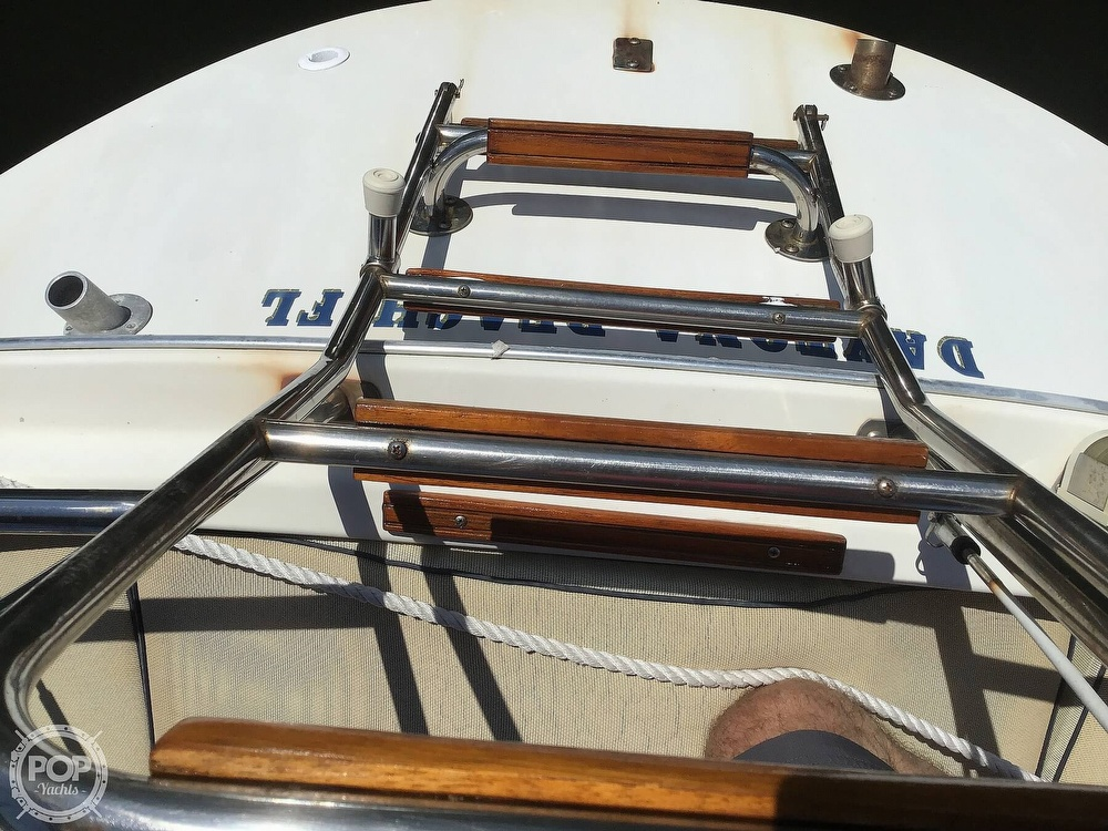 1989 Pearson boat for sale, model of the boat is P31-2 & Image # 23 of 40