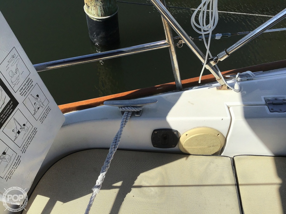 1989 Pearson boat for sale, model of the boat is P31-2 & Image # 25 of 40