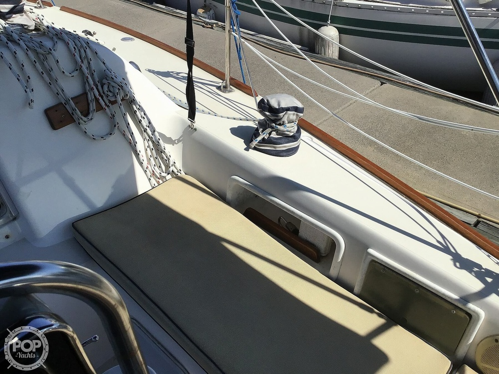 1989 Pearson boat for sale, model of the boat is P31-2 & Image # 27 of 40