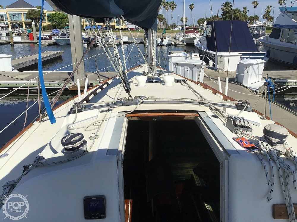 1989 Pearson boat for sale, model of the boat is P31-2 & Image # 28 of 40