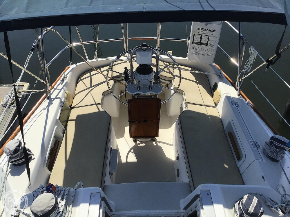 1989 Pearson boat for sale, model of the boat is P31-2 & Image # 32 of 40