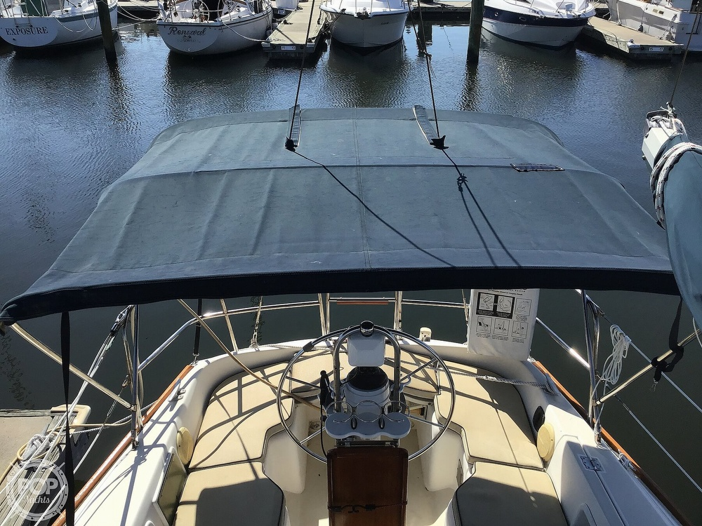 1989 Pearson boat for sale, model of the boat is P31-2 & Image # 33 of 40