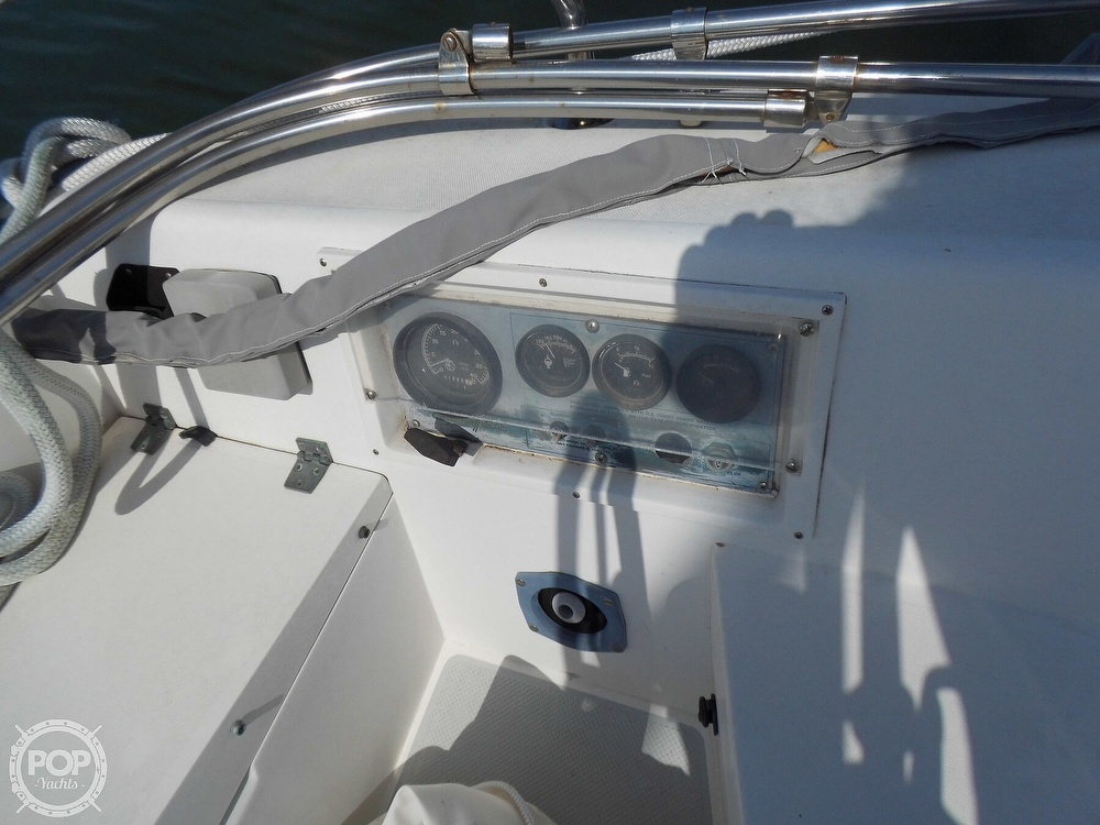1990 Catalina Yachts boat for sale, model of the boat is M3-20 & Image # 29 of 40