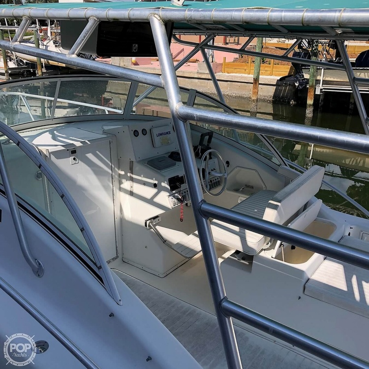 2001 Hydrocat boat for sale, model of the boat is 30 & Image # 39 of 40