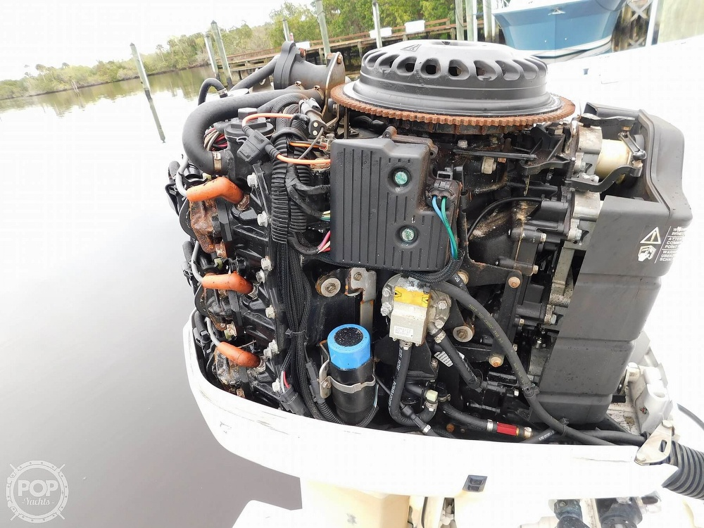 2004 Wellcraft boat for sale, model of the boat is Tournament Edition & Image # 5 of 40