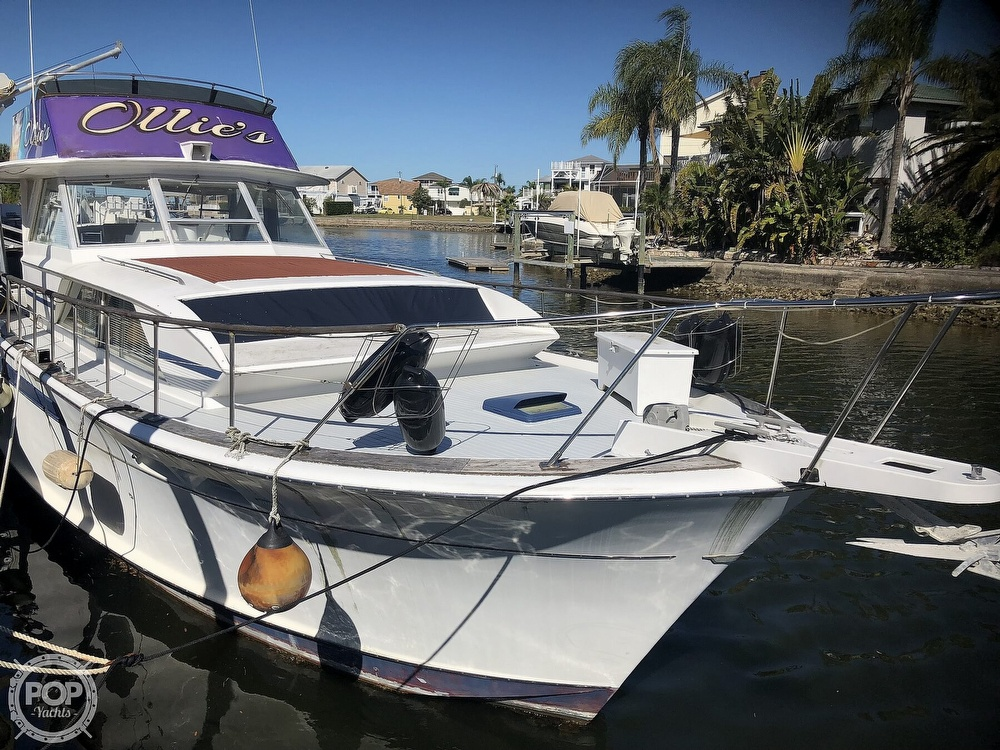 1969 Chris Craft boat for sale, model of the boat is 47 Commander & Image # 3 of 40