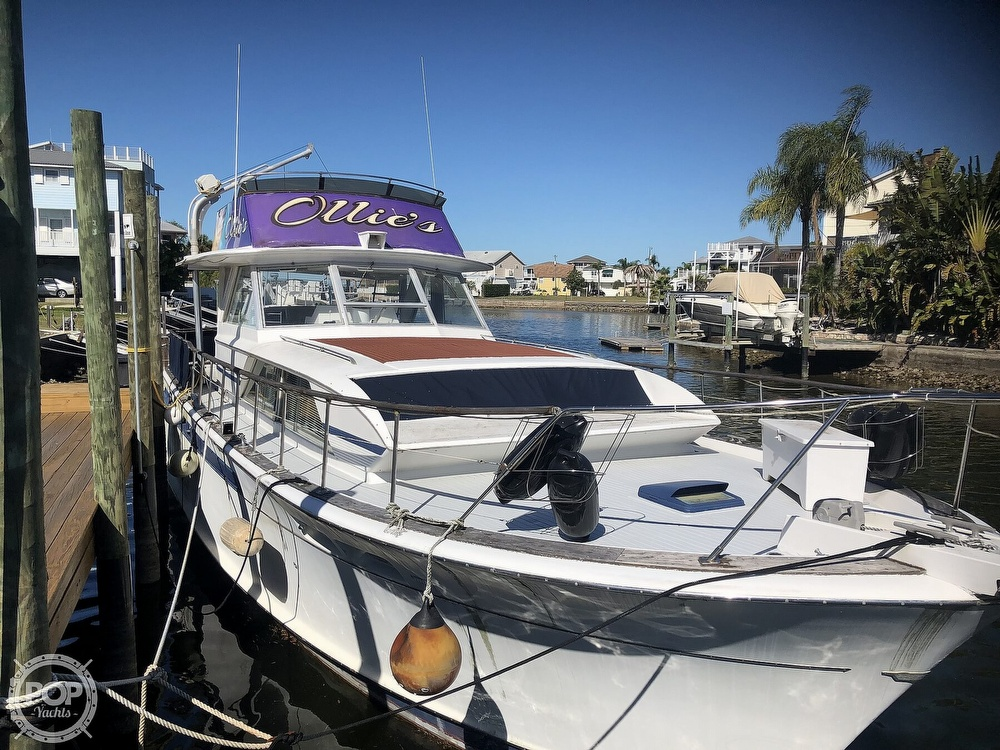 1969 Chris Craft boat for sale, model of the boat is 47 Commander & Image # 4 of 40