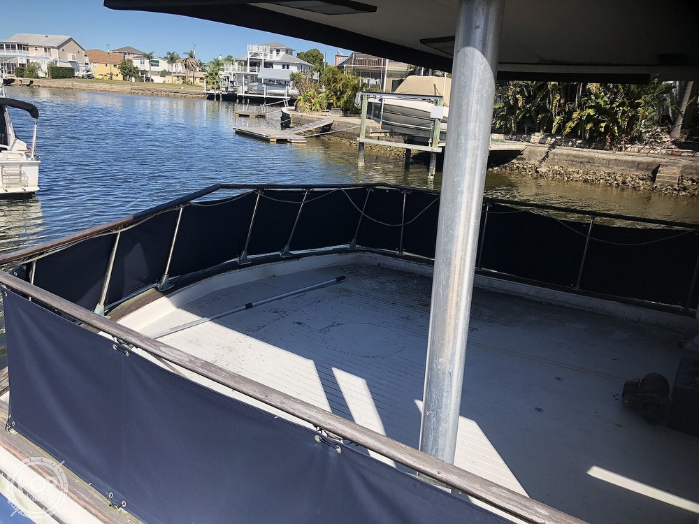 1969 Chris Craft boat for sale, model of the boat is 47 Commander & Image # 24 of 40