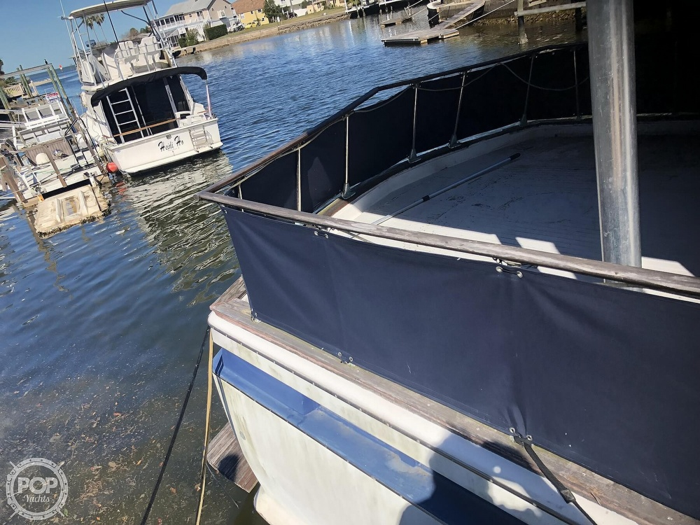 1969 Chris Craft boat for sale, model of the boat is 47 Commander & Image # 25 of 40