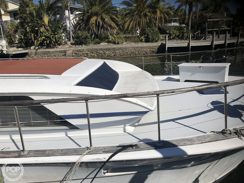 1969 Chris Craft boat for sale, model of the boat is 47 Commander & Image # 26 of 40