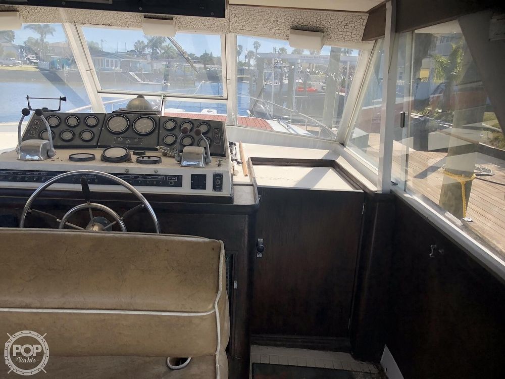 1969 Chris Craft boat for sale, model of the boat is 47 Commander & Image # 34 of 40