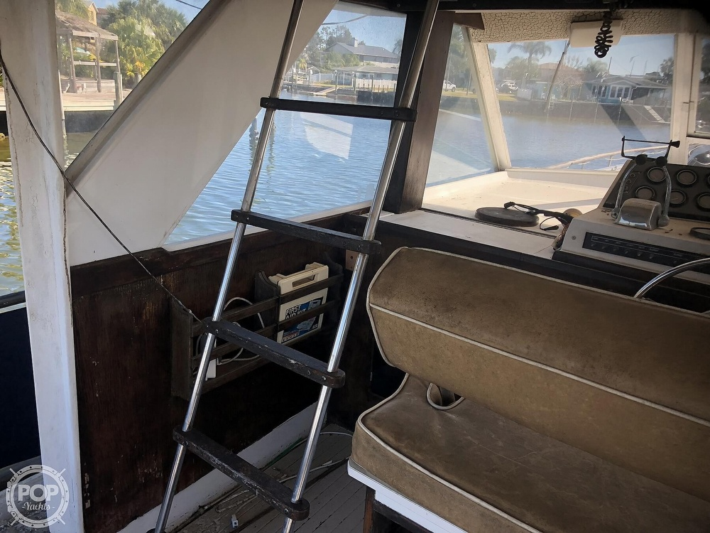 1969 Chris Craft boat for sale, model of the boat is 47 Commander & Image # 36 of 40