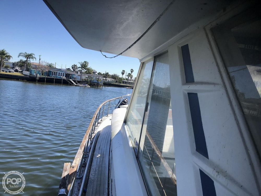 1969 Chris Craft boat for sale, model of the boat is 47 Commander & Image # 38 of 40