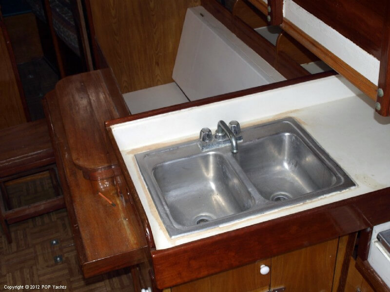 1998 Tahiti boat for sale, model of the boat is 33 Sailboat & Image # 8 of 40