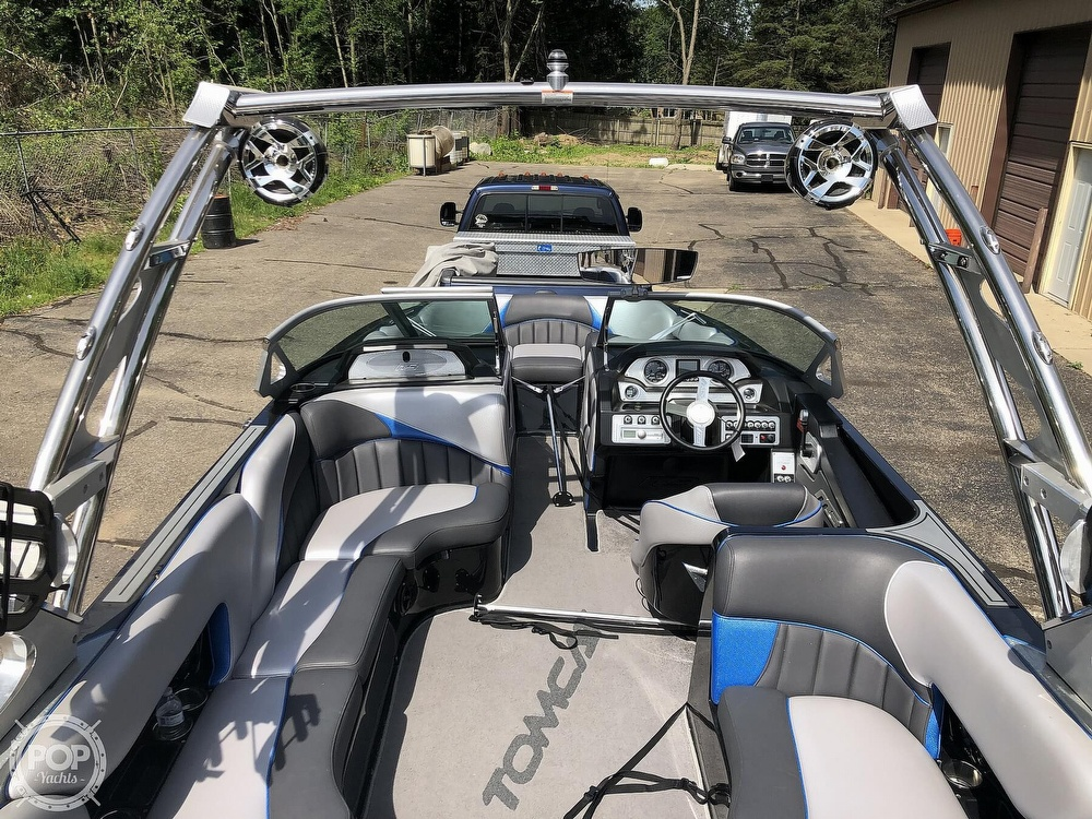 2015 MB Sports boat for sale, model of the boat is F22 Tomcat & Image # 5 of 40