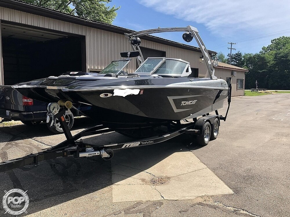 2015 MB Sports boat for sale, model of the boat is F22 Tomcat & Image # 4 of 40