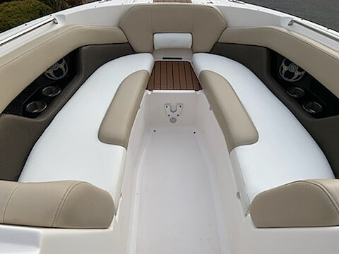 2012 Regal boat for sale, model of the boat is 2700 & Image # 29 of 31