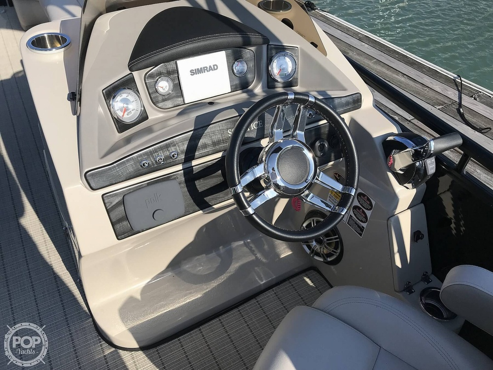 2017 Harris boat for sale, model of the boat is Solstice 240 & Image # 6 of 41