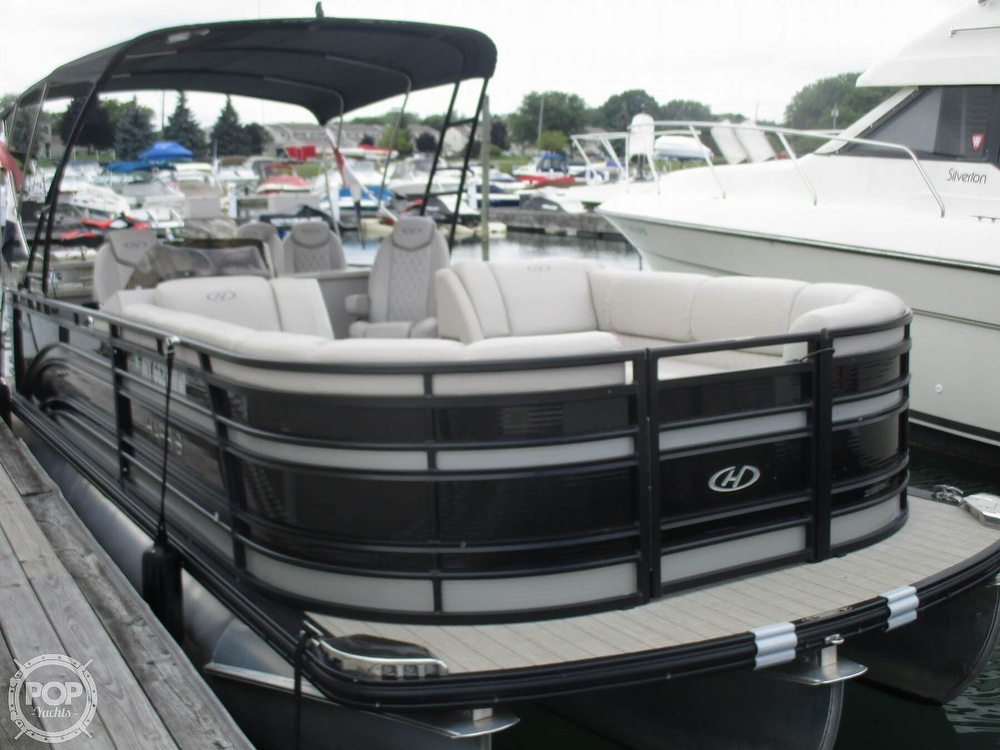 2017 Harris boat for sale, model of the boat is Solstice 240 & Image # 13 of 41