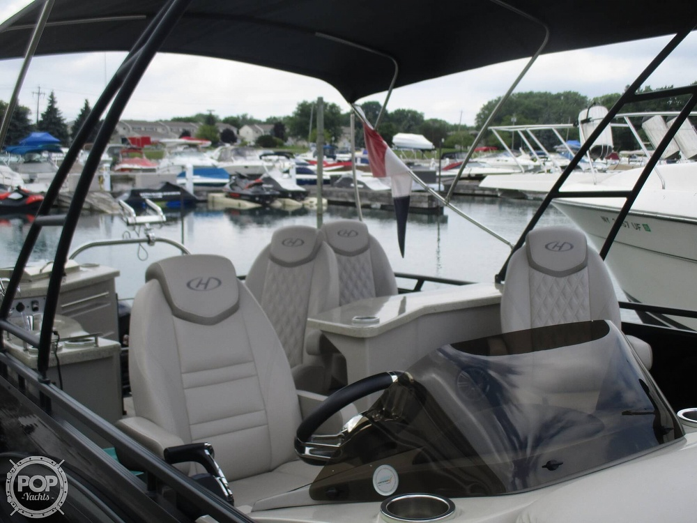 2017 Harris boat for sale, model of the boat is Solstice 240 & Image # 16 of 41