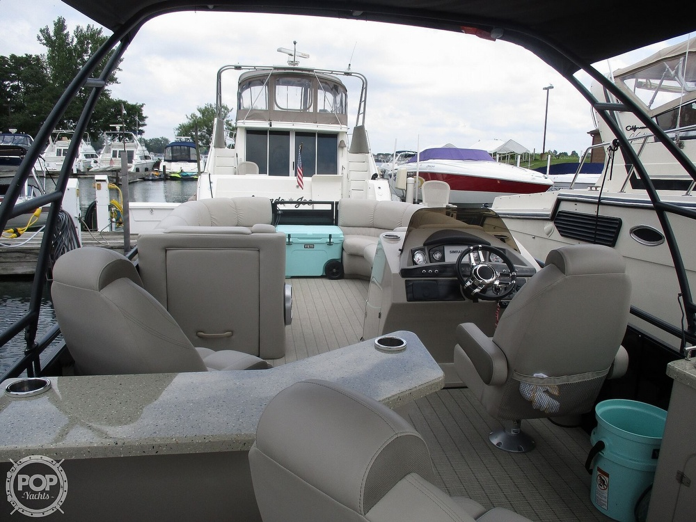 2017 Harris boat for sale, model of the boat is Solstice 240 & Image # 23 of 41